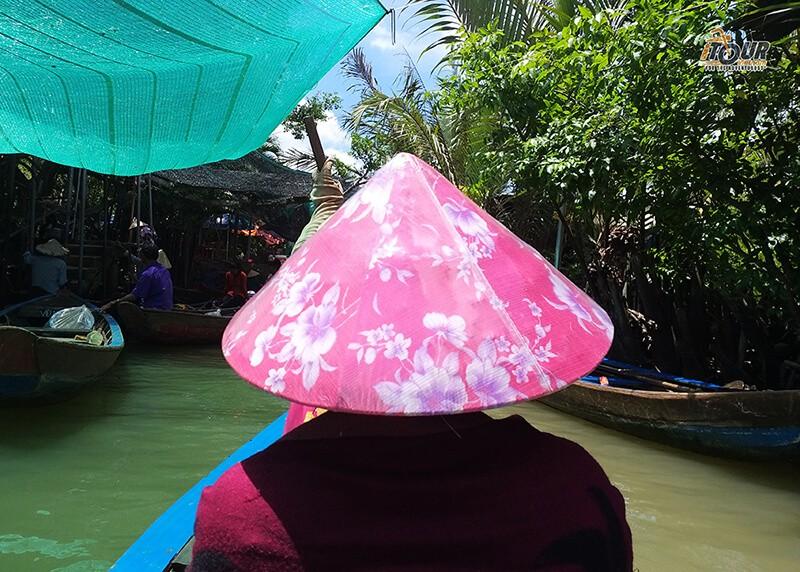 vietnamese-conical-hat
