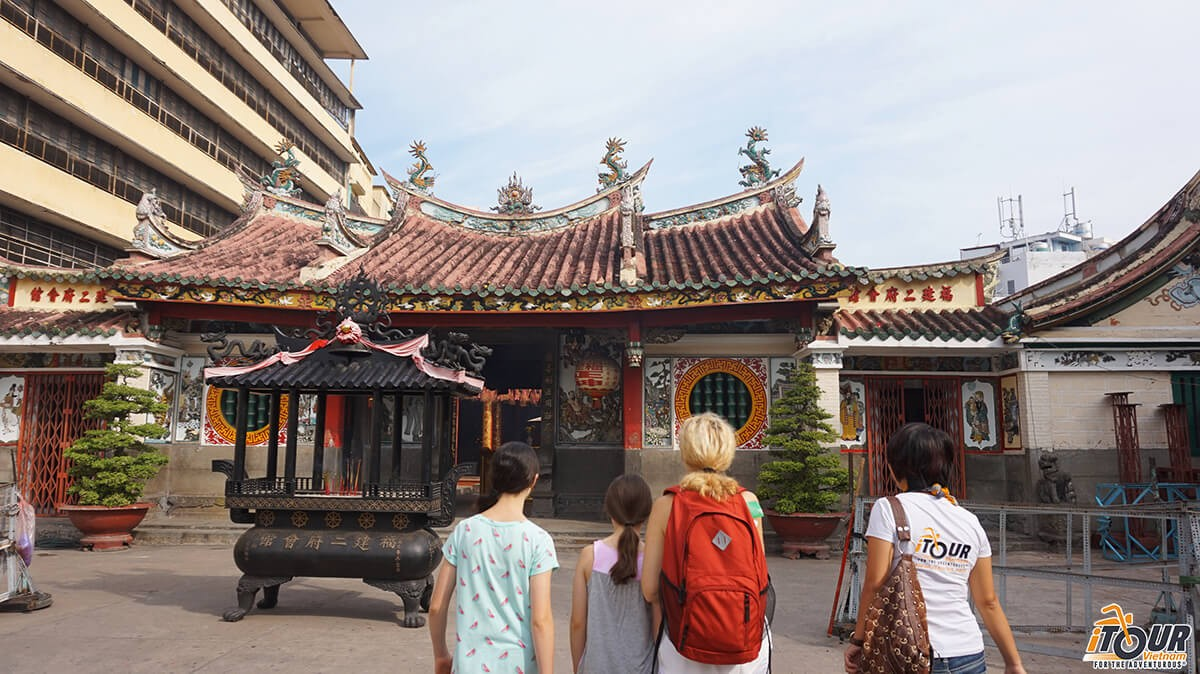 best-temples-pagodas-in-ho-chi-minh