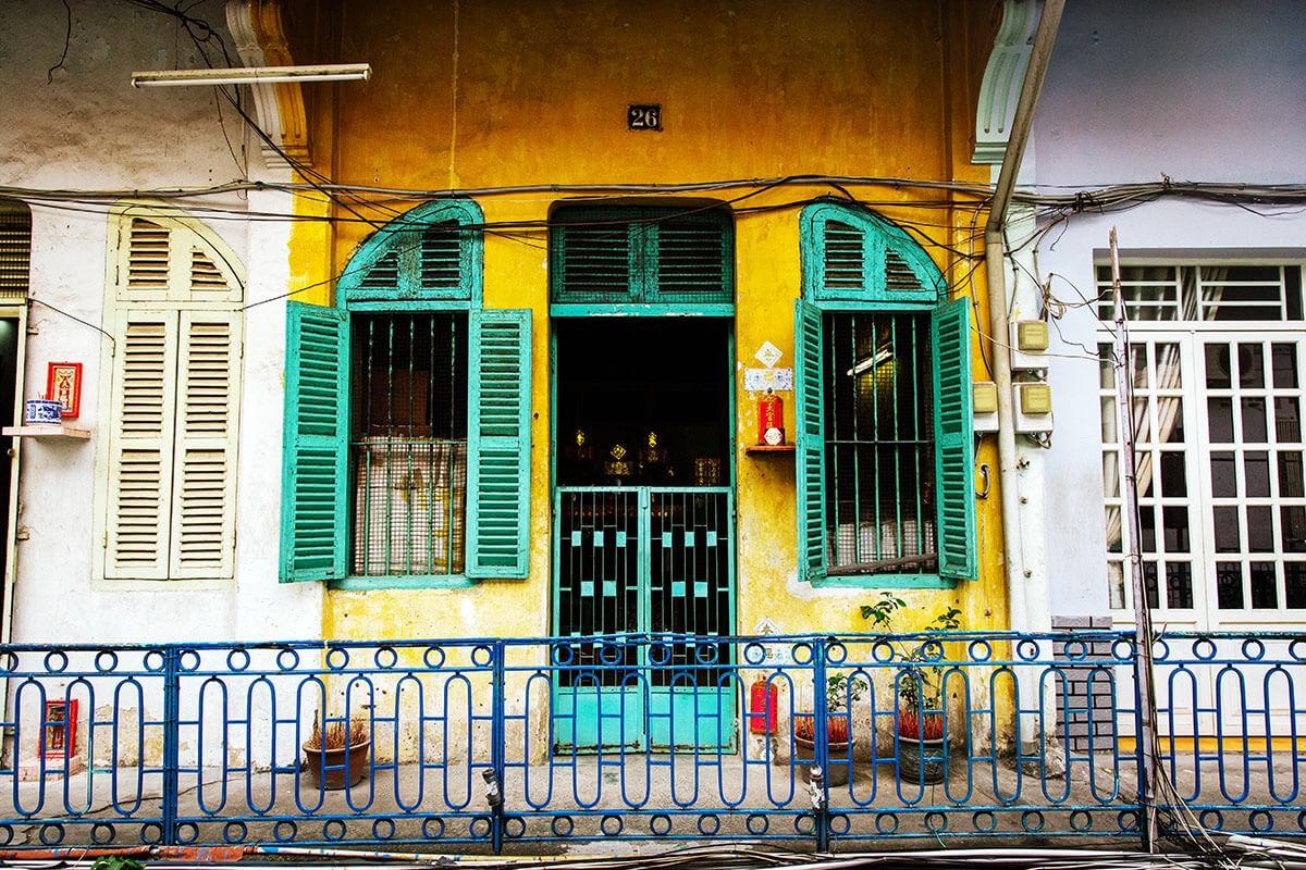 Cho-Lon-Chinatown-in-HCMC