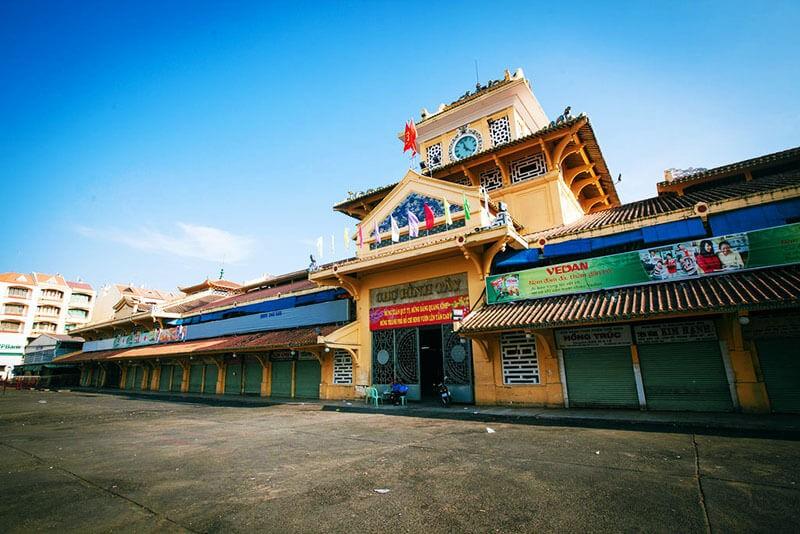 Binh-Tay-Market-in-Cho-Lon-1