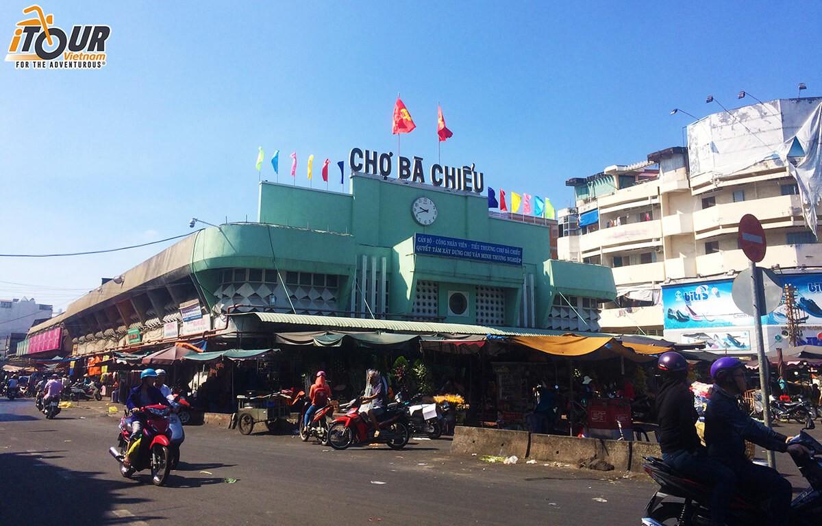 Ba-Chieu-local-market-1