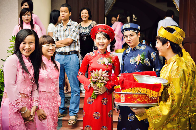 2a207aa3cae What to Know about Vietnamese Wedding Traditions and Customs