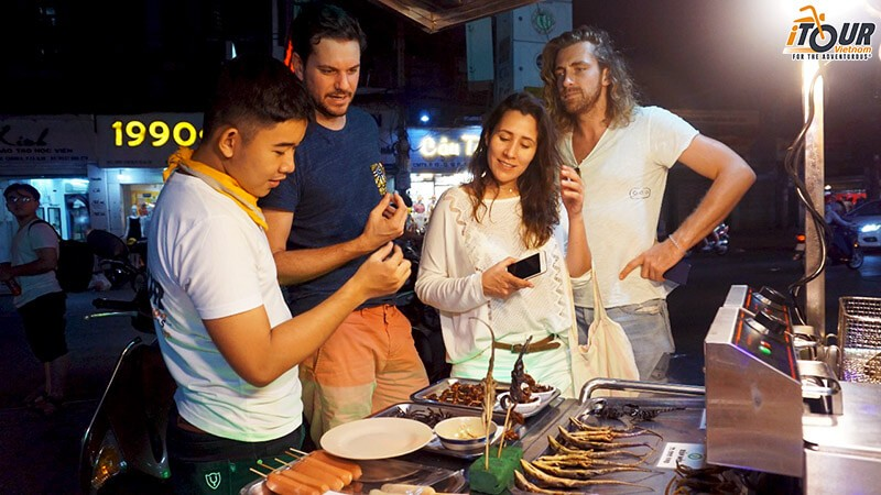 eat-insects-in-ho-chi-minh-city