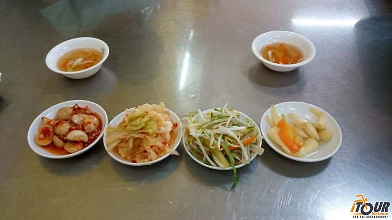 vietnamese-pickles-side-dishes-dipping-sauces
