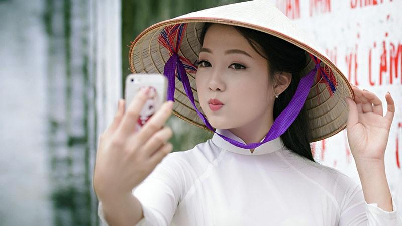 why-vietnamese-love-white-skin-cover