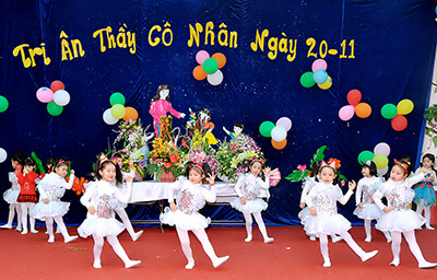 festivals and public holidays in vietnam teachers day