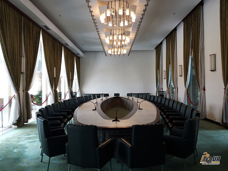 independence palace cabinet room