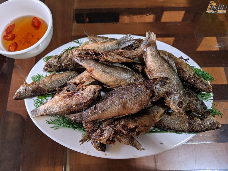 moc chau fried fish