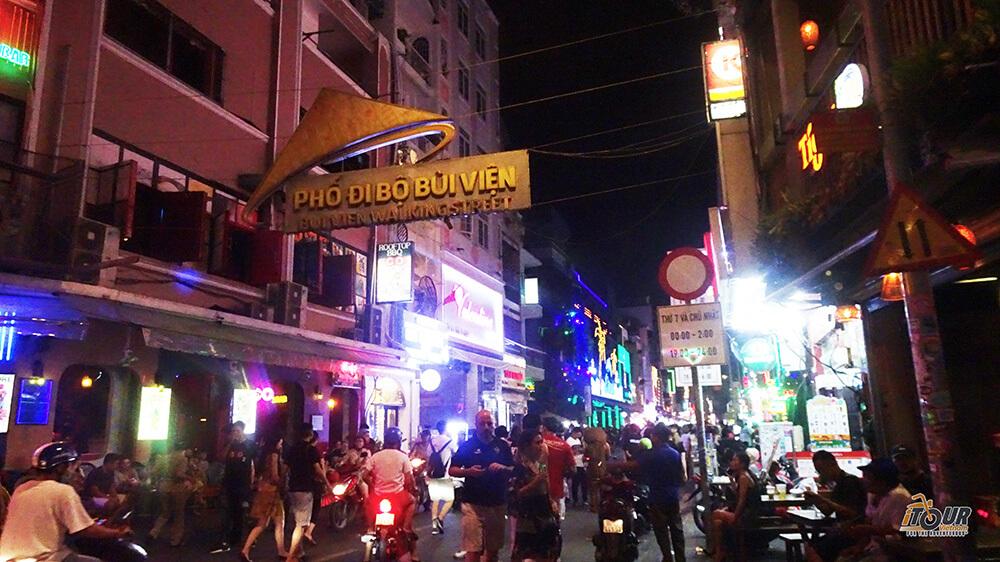7 Things to do on a Saigon Night Tour