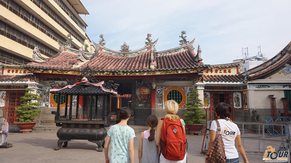 Vietnam Travel Tips: Vietnam Dos and Don'ts