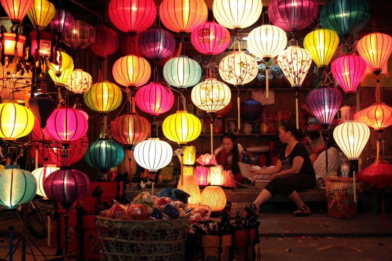 Top 7 Night Markets in Hanoi