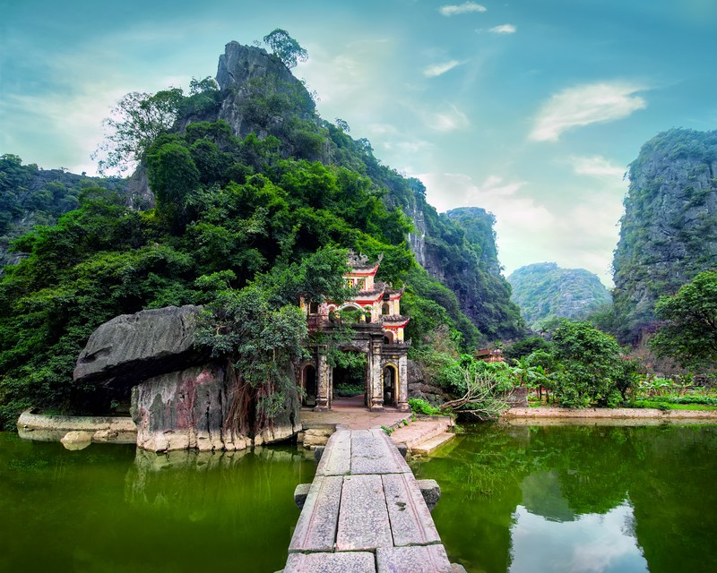 8 Amazing Vietnam Pagodas You Have to See