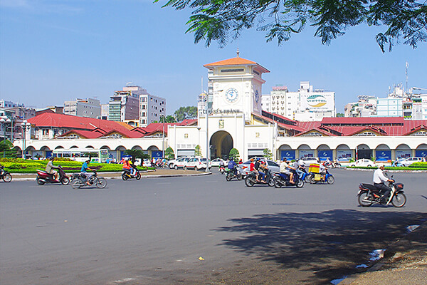 ho chi minh attractions ben thanh market