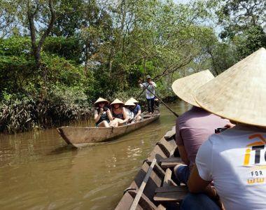 private tour guide saigon