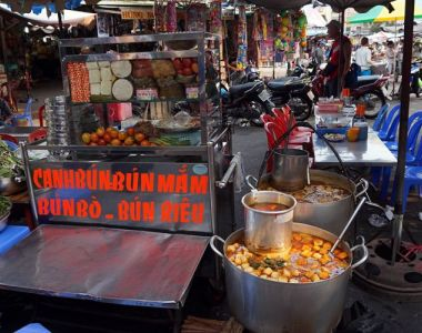 street food in ho chi minh